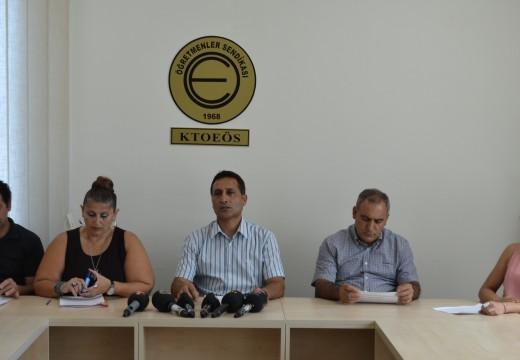 """14 Ağustos 2015 KTOEÖS Basın Toplantısı """"Eğitimde Siyasi Rant Beklentisi Bitmelidir"""""""