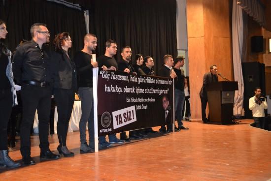 Öğretmenler Günü Töreninde Öğretmenlerimizden Protesto
